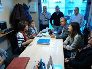 Fotografía Alfredo Retortillo reunido con centro de mayores de Beurko