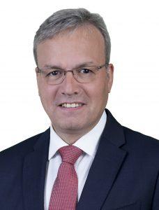 1. ALFREDO RETORTILLO